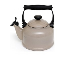 Le Creuset Fluitketel Tradition 2,1 Liter, Sisal