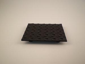 Gietijzer Onderzetter 14x16 cm Grid Zwart