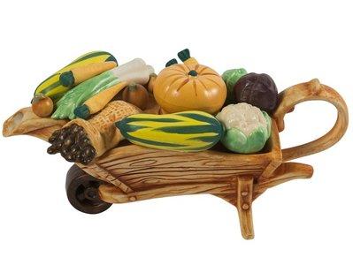 Wheelbarrow Vegetables Theepot