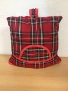 Teacosy with basket: Scottish Red
